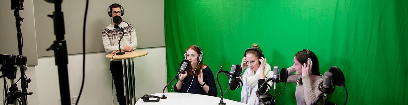 Ecole de Journalisme EFJ - Formation training médias & ateliers métiers immersifs