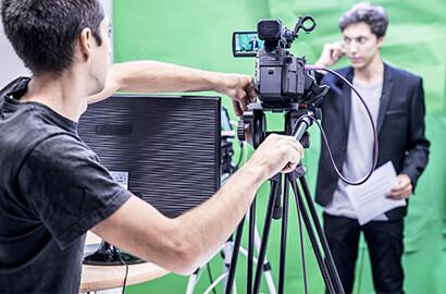 Actu EFJ - Atelier Face Caméra au sein d'un studio