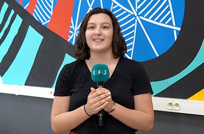 Actu EFJ - Cloé, en stage de journaliste dans la société de production 2P2L