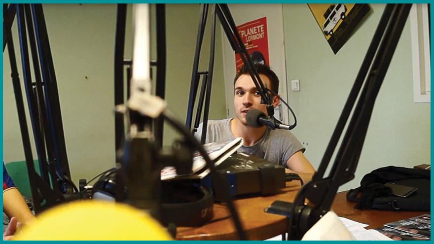 Ecole de journalisme EFJ Bordeaux - 4 étudiants devenus journalistes radio